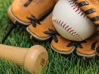Former MLB players give free clinic in Myrtle Beach on Saturday