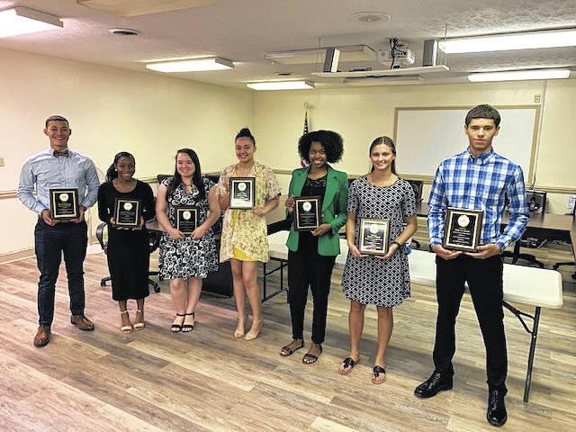 Seven students earn Farm Bureau scholarships