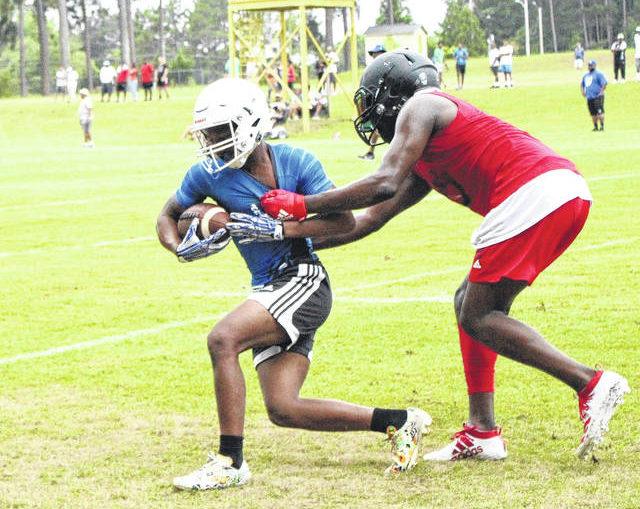 Bulldogs battle regional powers at 7-on-7