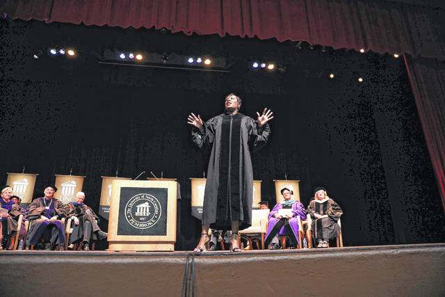 Speaker motivates as UNCP welcome 2023 Class