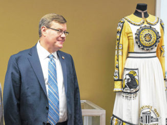 Moore touts budget at UNCP