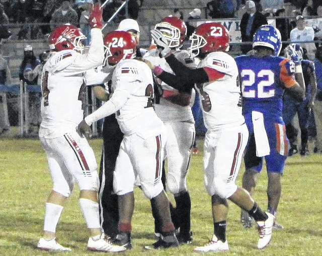 A Devil of a time: Red Springs downs Whiteville to stay perfect in Three Rivers