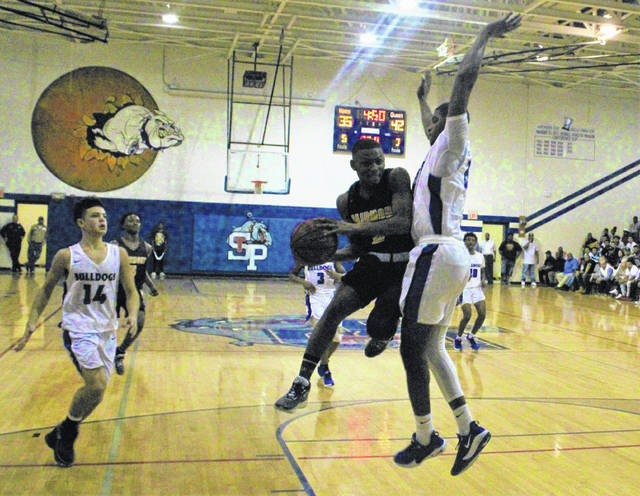 Fairmont pulls away at St. Pauls with fourth-quarter run
