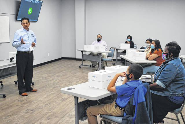 Local educators, students test drive virtual reality goggles donated to PSRC