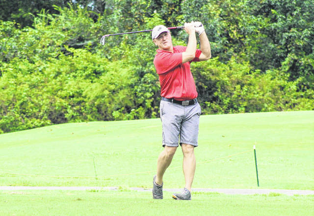 Benton leads after opening-round grind at Robeson County Golf Championship