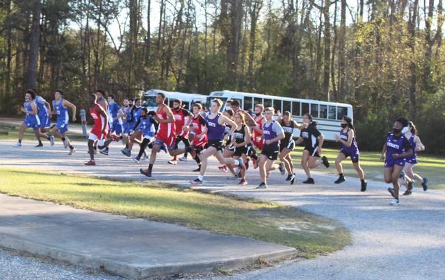 Red Springs boys cross country wins as Chavis runs 2nd; St. Pauls' Thompson wins girls race