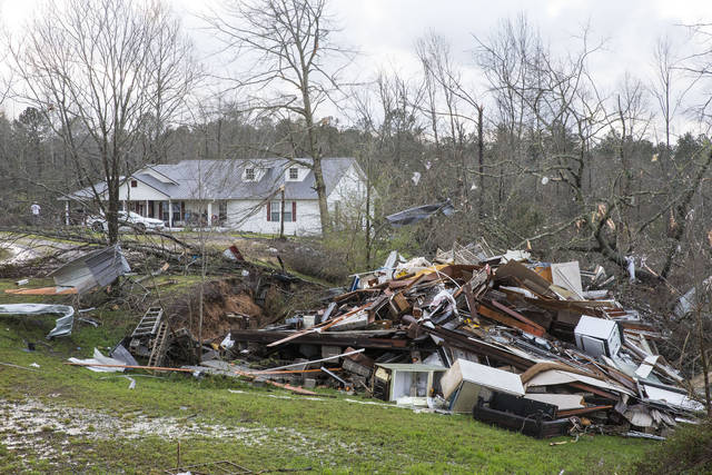 Storms move eastward, leave trail of damage in Deep South
