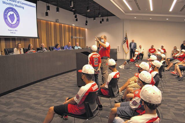 County commissioners honor youth baseball teams going to Dixie Youth World Series