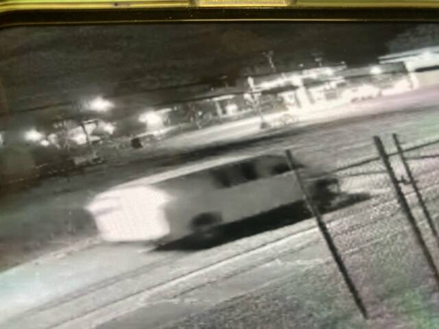 Red Springs police offer reward for shingles thief