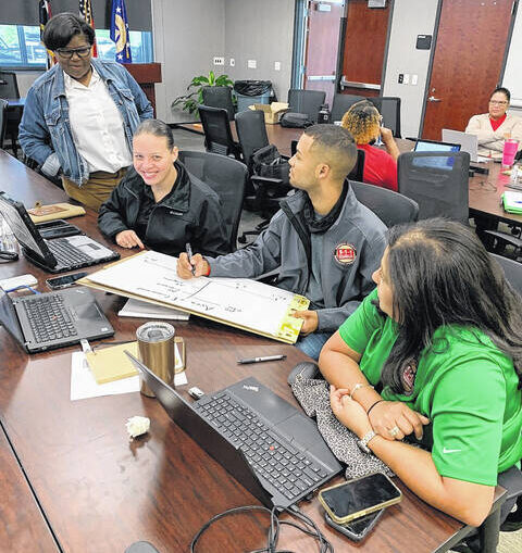 Some county employees get schooled in emergency response training from FEMA